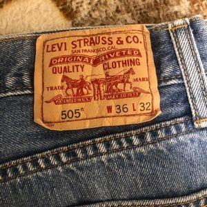 505 Levi's Straight Fit Denim
